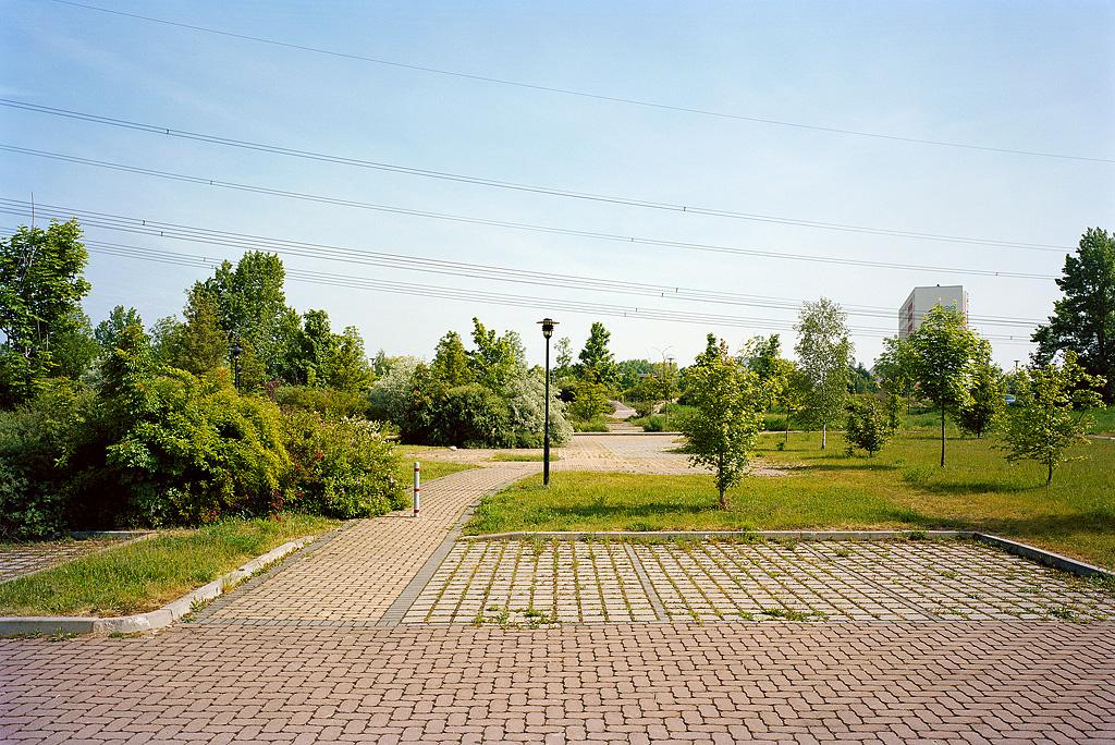 Footpath by Nikolaus Brade.