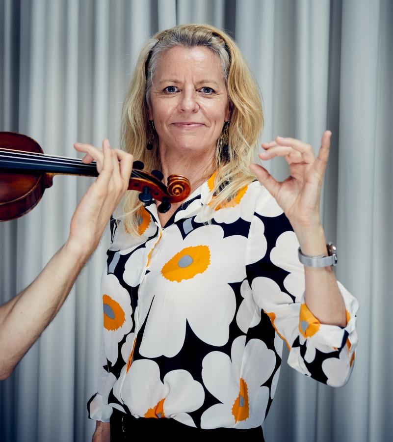 Bronwen Ackermann at the IMMM Hannover by NIKOLAUS BRADE.
