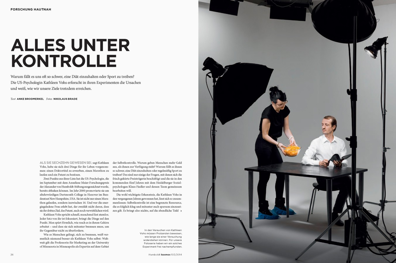 Article EVERYTHING IS UNDER CONTROL by Nikolaus Brade.